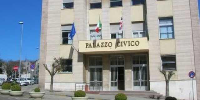 Il consiglio comunale di Nuoro taglia la Tari del 25%