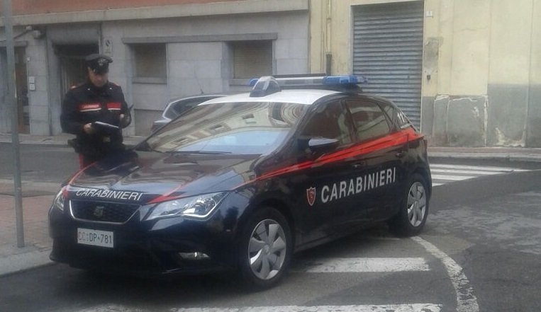 Non va in tribunale, folle fuga in auto da Sestu a Is Mirrionis: (ri)preso il ladro di mozzarelle
